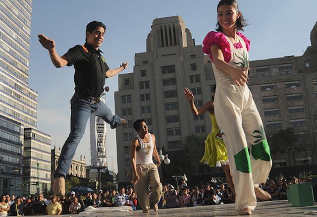 Cambios En Las Manifestaciones Culturales De Mexico